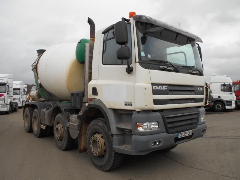 camion malaxeur DAF 85CF 410