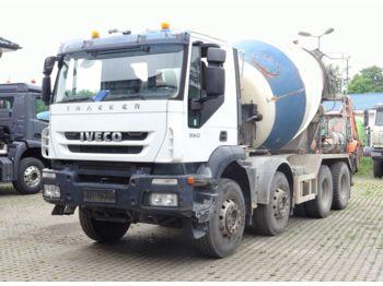 Camion malaxeur Iveco Trakker 360 8x4 / Mischer 9m³ / Klima