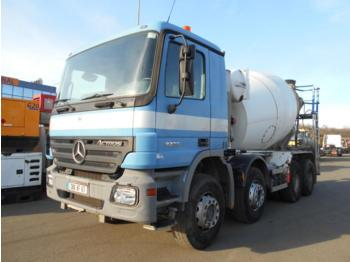 Camion malaxeur Mercedes Actros 3236