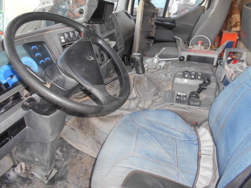 camion malaxeur pompe Renault Kerax 370