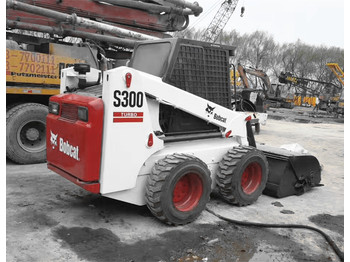 Chargeuse sur pneus BOBCAT S300