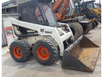 Chargeuse sur pneus BOBCAT S863