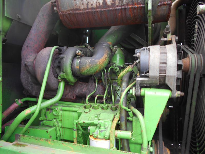 chargeuse sur pneus Caterpillar IT18B