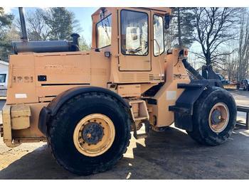 Chargeuse sur pneus Ljungby 1321