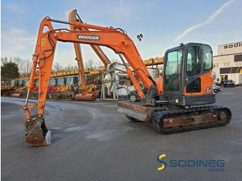 Doosan DX80R - mini pelle