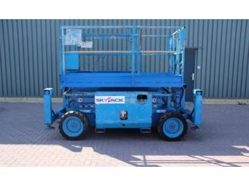 SkyJack SJ6826RT Diesel, 4x4 drive, 9.9m working Height, R  - nacelle ciseaux
