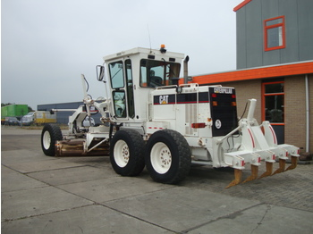 CATERPILLAR 120H ( CE Machine ) - niveleuse