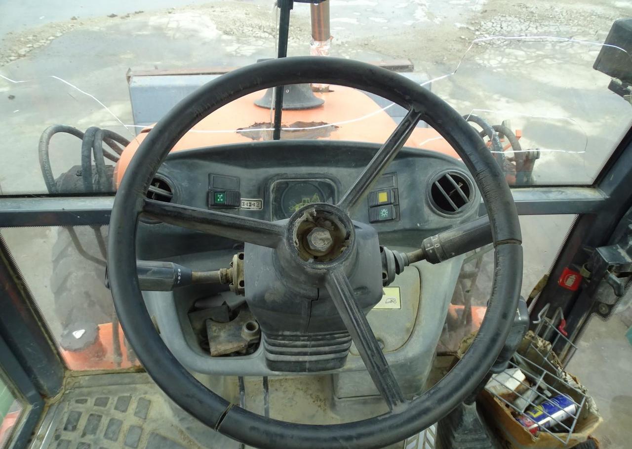tractopelle Fiat-Hitachi FB 90