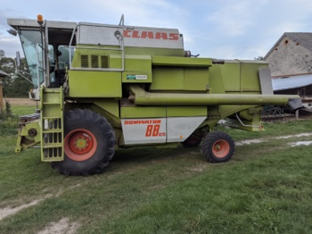 CLAAS Dominator 88 ds - moissonneuse-batteuse