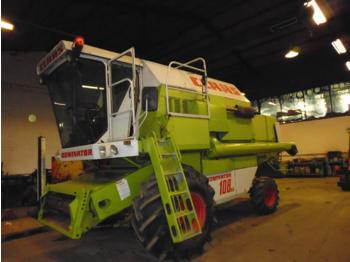 Moissonneuse-batteuse Claas Dominator 108 SL