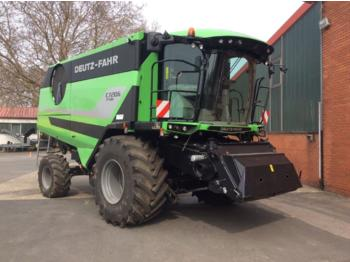 Moissonneuse-batteuse Deutz-Fahr 7206 TSB