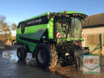 Moissonneuse-batteuse Deutz-Fahr C 7206 TSB