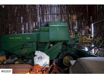 JOHN DEERE 430 Harvester - moissonneuse-batteuse