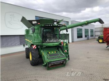 Moissonneuse-batteuse JOHN DEERE S680 ProDrive