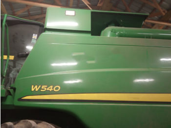 Moissonneuse-batteuse JOHN DEERE W540