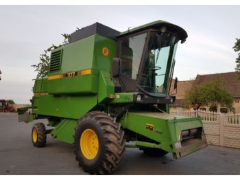 John Deere 1177 - moissonneuse-batteuse