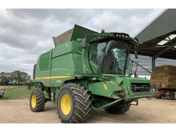 Moissonneuse-batteuse John Deere T670: photos 1