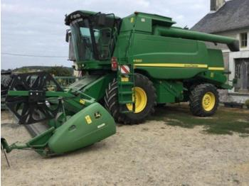 John Deere W660 - moissonneuse-batteuse
