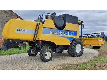 Moissonneuse-batteuse NEW HOLLAND 7050