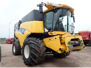 NEW HOLLAND CR 9060 - moissonneuse-batteuse