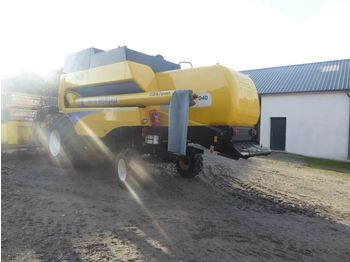 NEW HOLLAND CSX 7040 - moissonneuse-batteuse