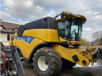 NEW HOLLAND CX 8080, 2008, 2573 mth - moissonneuse-batteuse