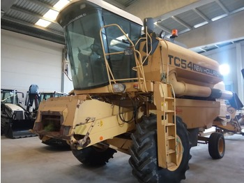 NEW HOLLAND TC54 - moissonneuse-batteuse