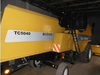 Moissonneuse-batteuse NEW HOLLAND TC 5040