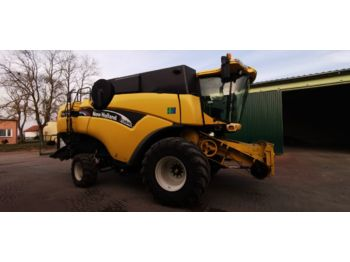 Moissonneuse-batteuse NEW HOLLAND cx840