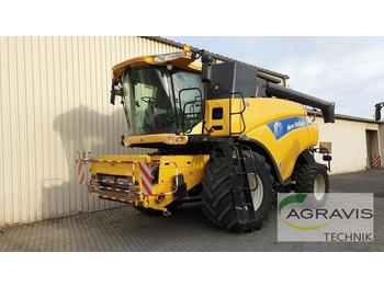 New Holland CR 980 - moissonneuse-batteuse