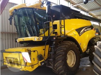 Moissonneuse-batteuse New Holland CR 980
