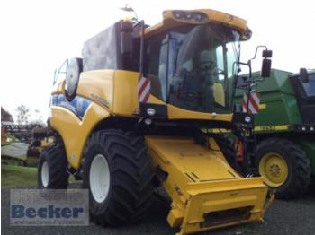 New Holland CX 5090 - moissonneuse-batteuse