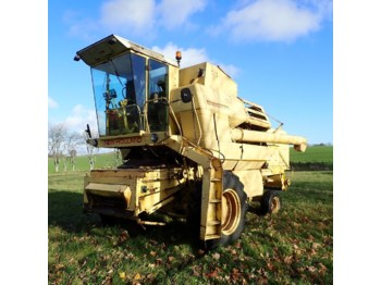 Moissonneuse-batteuse New Holland S 1550