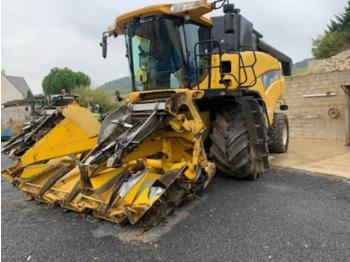Moissonneuse-batteuse New Holland cr 9060