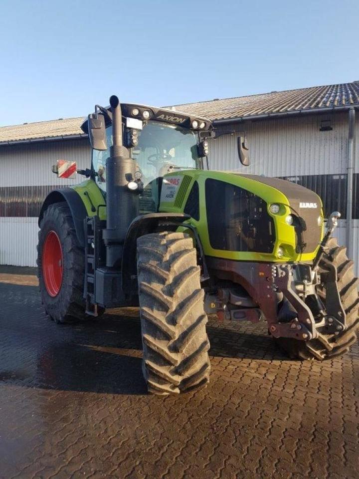 tracteur agricole CLAAS Axion 960