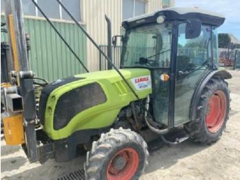 Tracteur agricole CLAAS nexos 220