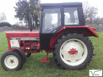 International 644 - tracteur agricole