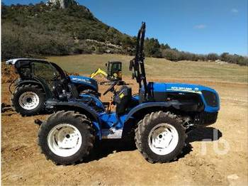 NEW HOLLAND TI4.100RS - tracteur agricole