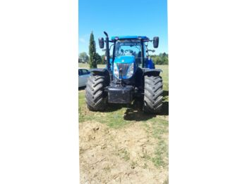 New Holland T7.235 - tracteur agricole