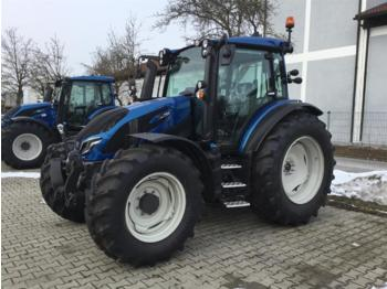 Valtra G 135 V 1B9 - tracteur agricole