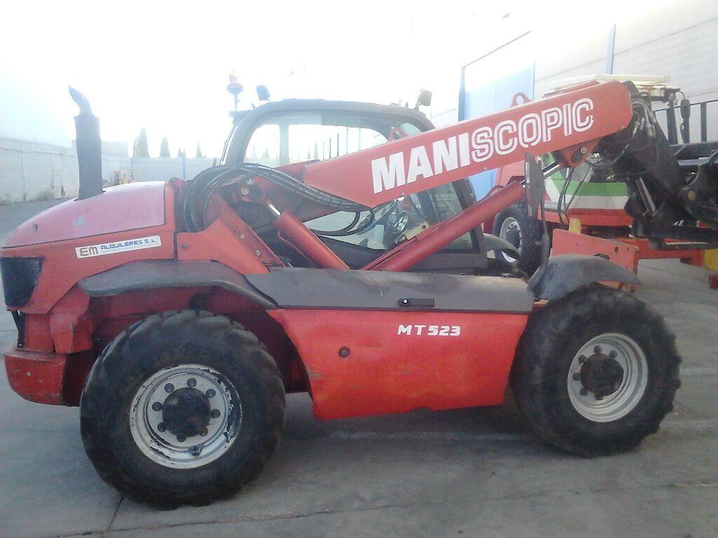chariot télescopique MANITOU MT 523