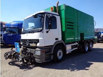 Mercedes-Benz ACTROS 2632 + Manual + PTO + 4542 hours+BEKCER LE GRAM - balayeuse