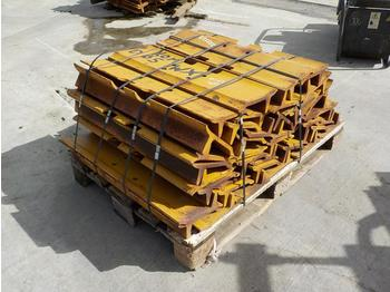 Pallet of Track Pads to suit Komatsu D65WX - chenille