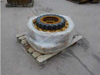 Unused Track Chains & Sprockets to suit Komatsu PC130 - chenille