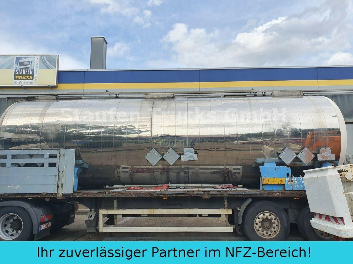 semi-remorque citerne Magyar V4A CHEMIE  Tankcontainer isoliert  32.500 liter