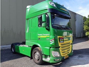 Tracteur routier DAF 106 XF 440 SSC