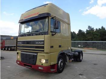 Tracteur routier DAF DAD XF.390(4X2) -INTARDER