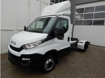 Tracteur routier IVECO DAILY 50 C 21