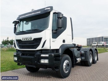 Tracteur routier Iveco Trakker AT720T42TH (4 Units)