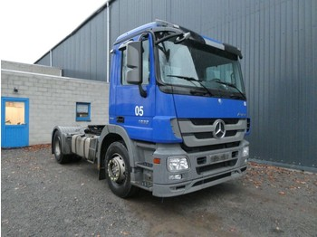 Mercedes-Benz ACTROS 1832 325000 km 19 STUCK/PIECES - tracteur routier